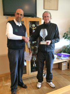 (left) Bob Singh-Bansi (Vice-Captain) and Peter Holton (Winner)